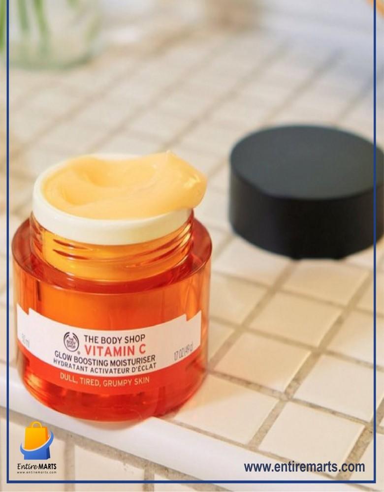 Vitamin C Glow Boosting Moisturiser (50ml)